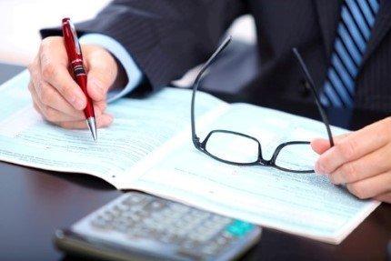 עורך דין במשרד בחיפה